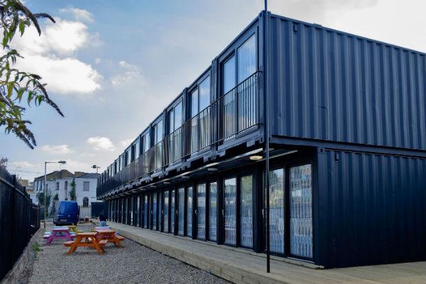 Ufficio A Container : Containerville un container per ufficio a due passi da londra