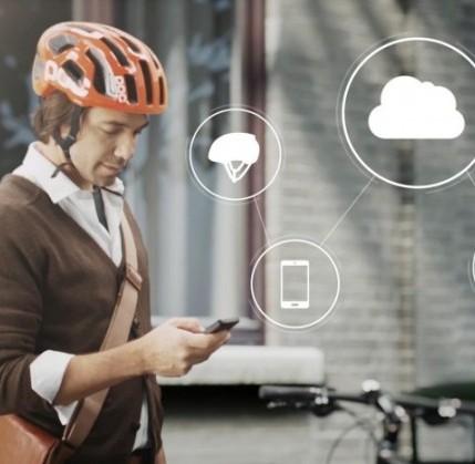 Pedalate tranquilli con il casco per bici che vi salva dagli incidenti