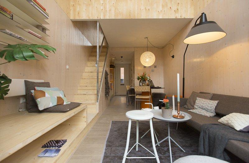 La mini casa prefabbricata in legno da spostare dove vuoi for Casa in legno prefabbricata costo