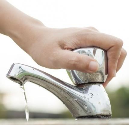 15 preziosi consigli per risparmiare acqua in casa