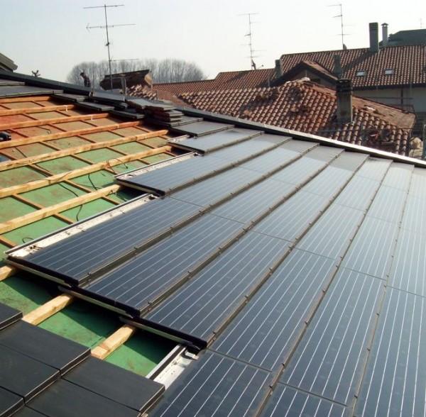 impianto-fotovoltaico-integrato-su-tetto_139363