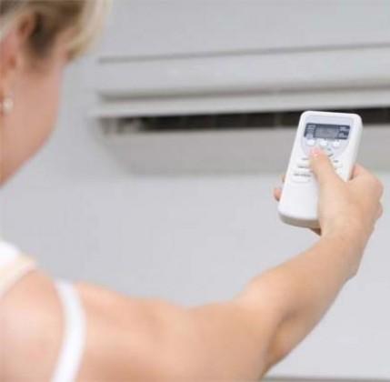 10 consigli per risparmiare energia in estate