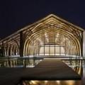 Architettura in bamboo: due tipi di canne per la sala voltata per 300 persone