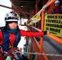 Trivelle Greenpeace abborda una piattaforma offshore 7