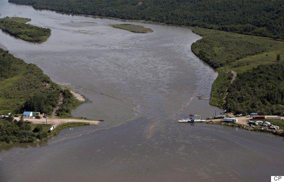 La fuoriuscita di petrolio che il Canada non riesce a fermare