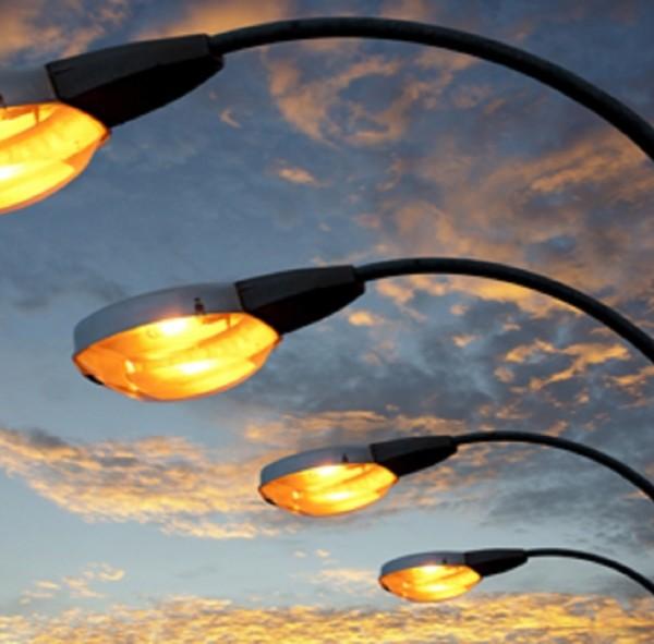 La giunta lombarda stanzia 20 mln per impianti di illuminazione pubblica energeticamente più efficienti e servizi tecnologici integrati
