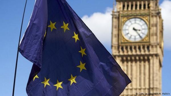 Brexit: spunta l'aut-aut Ue per far rispettare l'econormativa