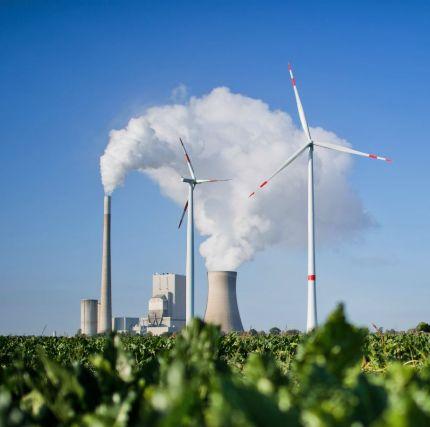 Rinnovabili vs Fossili: costi di produzione elettrica, chi vince?