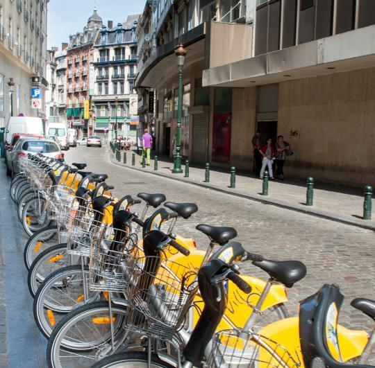 Bruxelles batte Berlino: Tpl gratuito in caso di emergenza smog