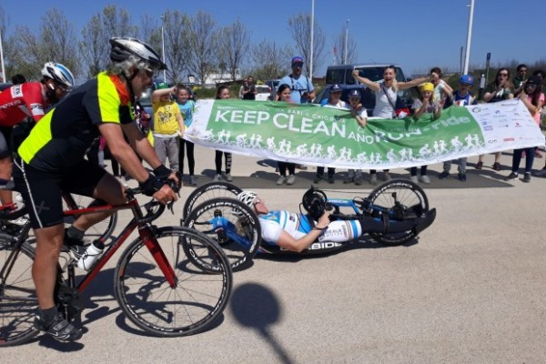 """Oltre 1000 chilometri in bici contro il """"littering"""""""