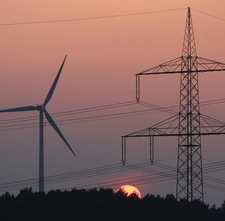 Energia: Così le rinnovabili riducono la dipendenza dall'estero