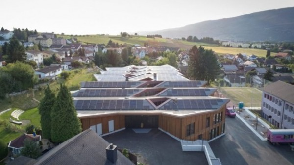scuola fotovoltaica Port