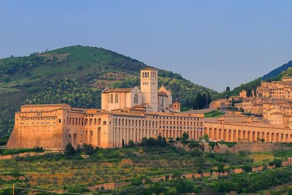 Umbria, edifici pubblici