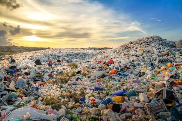 rifiuti-plastica-aepw