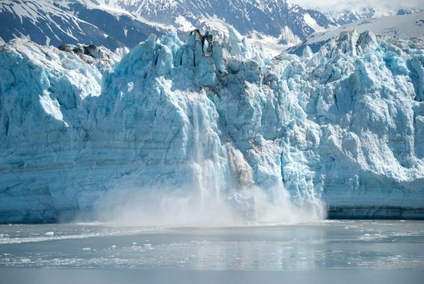 Risultato immagini per foto di ghiacciai che si sciolgono