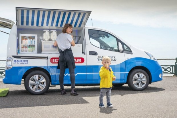furgoncino dei gelati nissan
