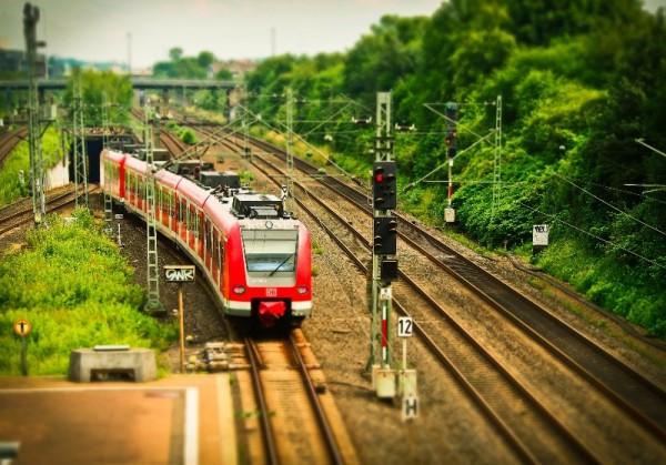 linea ferroviaria solare