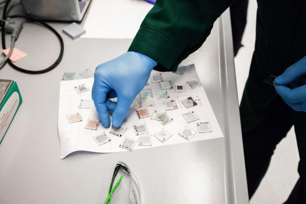 Fotovoltaico tandem perovskite-CIGS