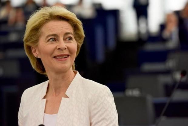 UE. Von der Leyen accetta lista commissari designati dai Paesi