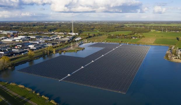 Impianti solari galleggianti