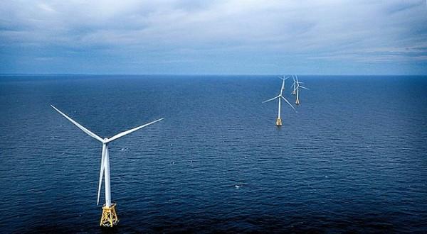 640px-Block_Island_offshore_wind_farm_P6290638m