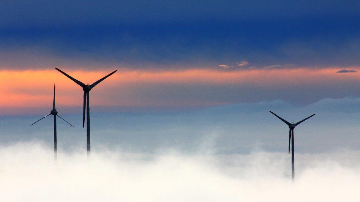 Eolico offshore e nucleare nella nuova politica energetica della Polonia