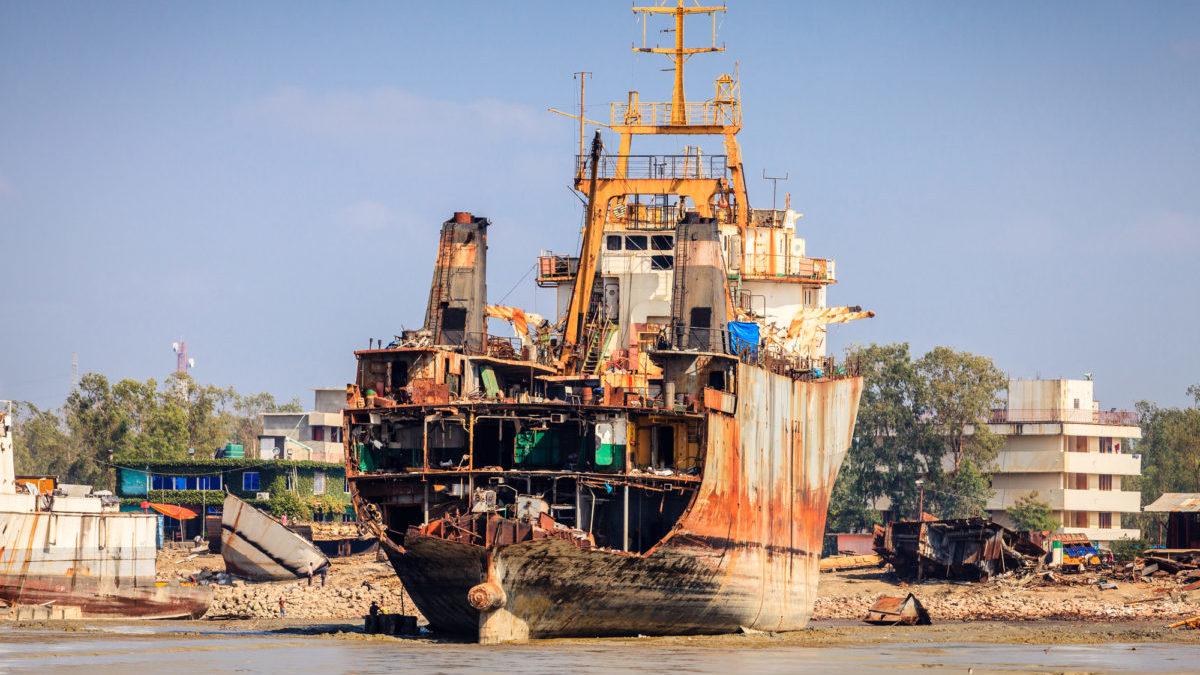 Riciclo navi: il tribunale UK emette una sentenza storica
