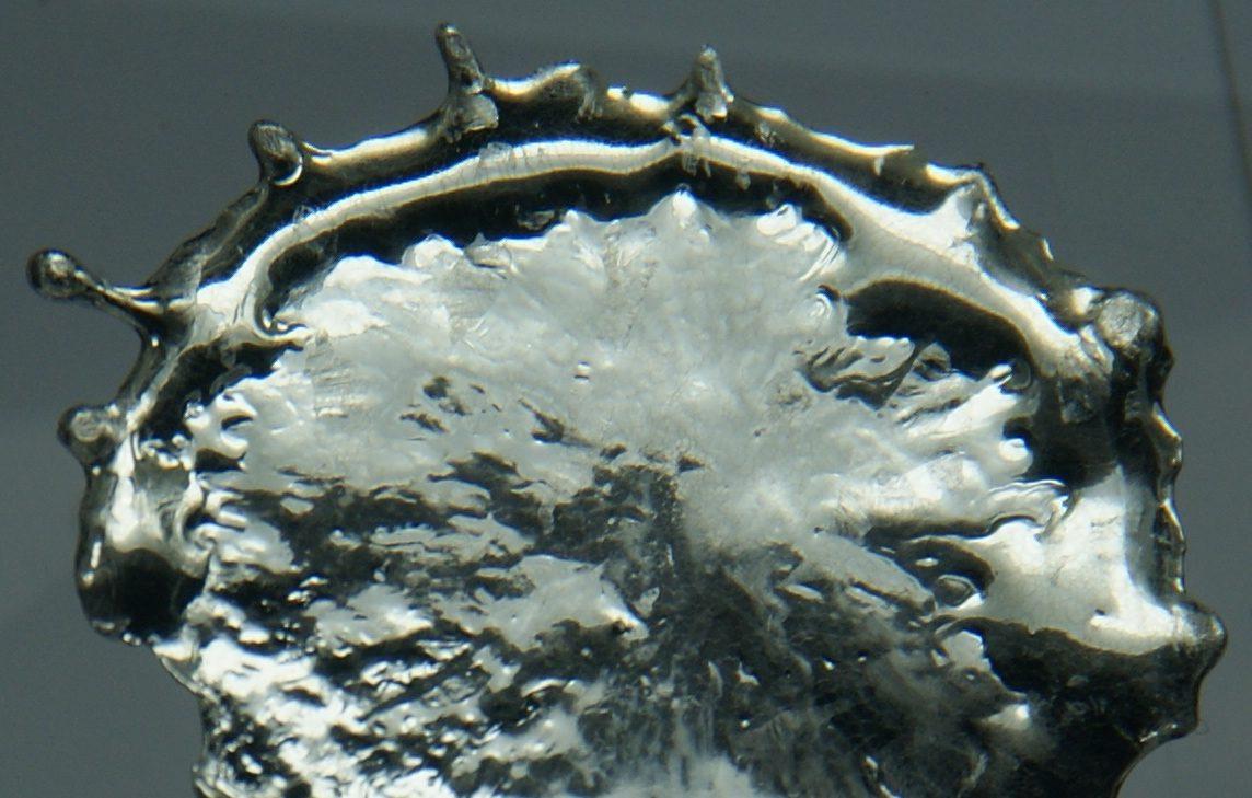 ella solare in monosolfuro di stagno