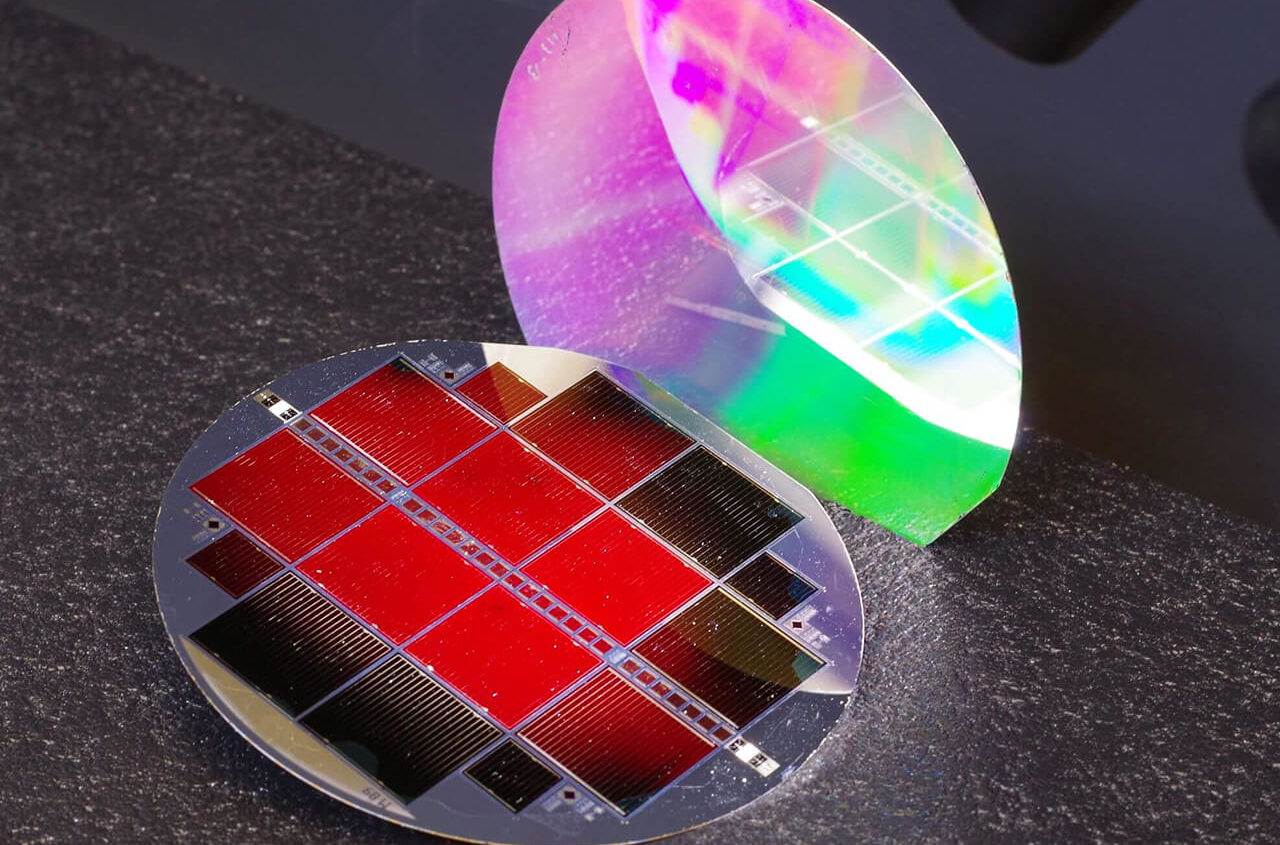 cella solare III-V / Si