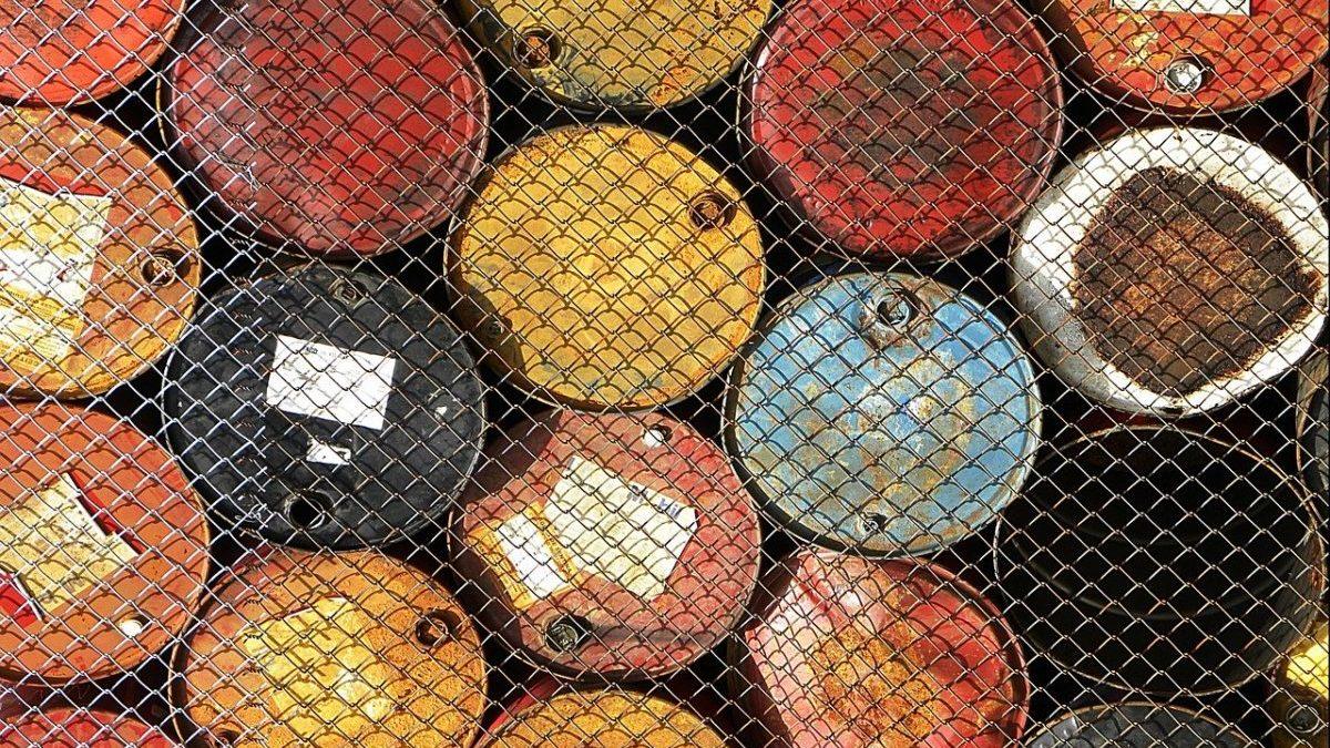Picco del petrolio: Rystad lo anticipa al 2026