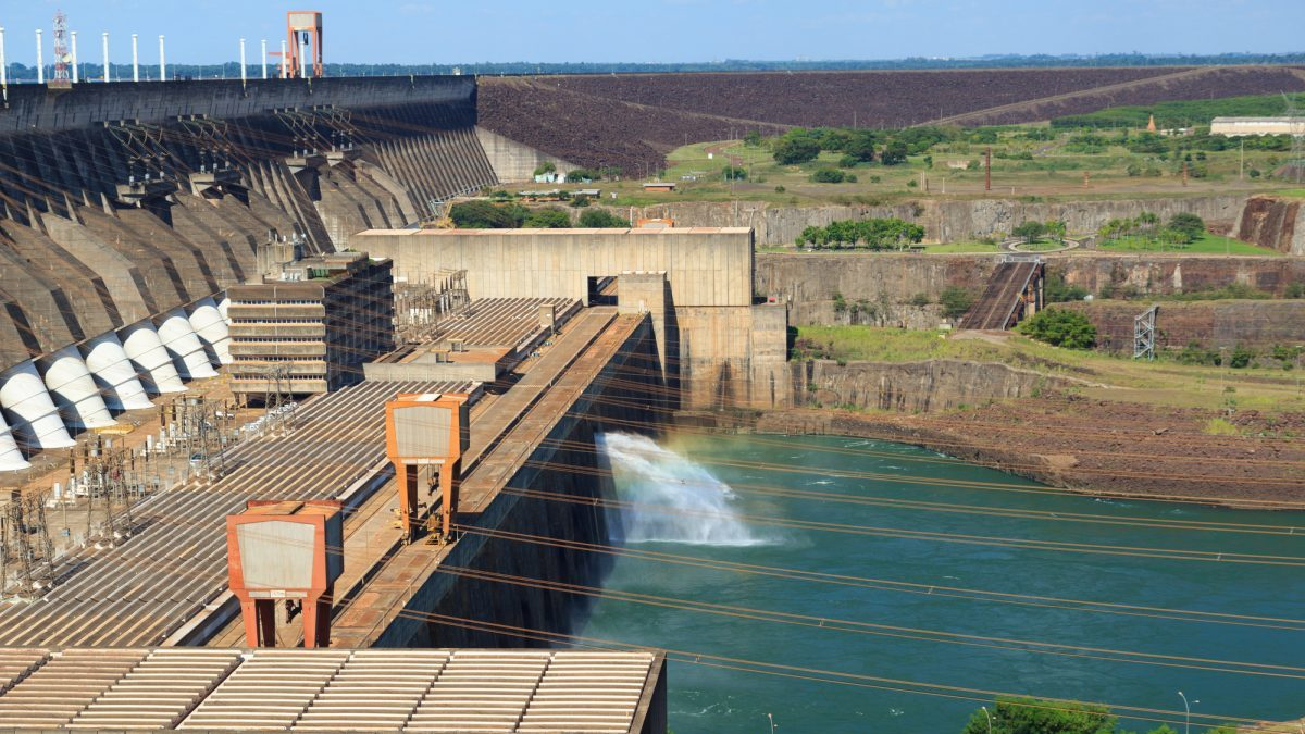 Siccità in Brasile: idroelettrico e agricoltura in ginocchio