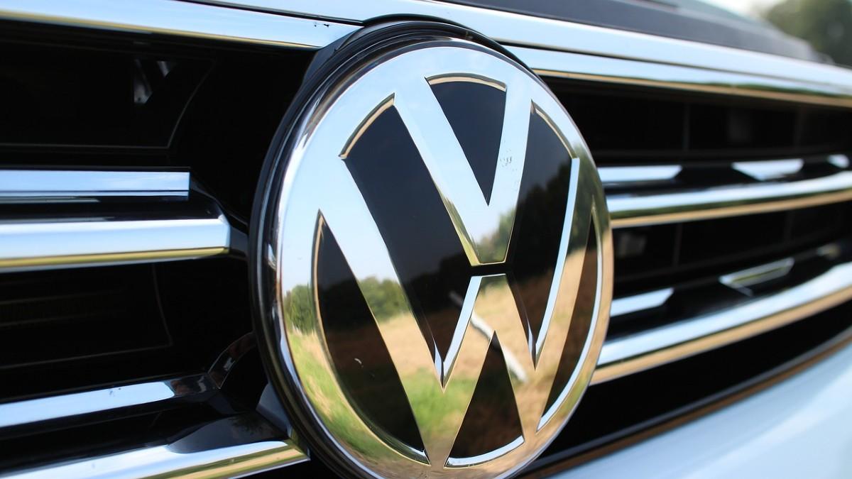 Stop auto diesel e benzina: Volkswagen dice addio entro il 2035