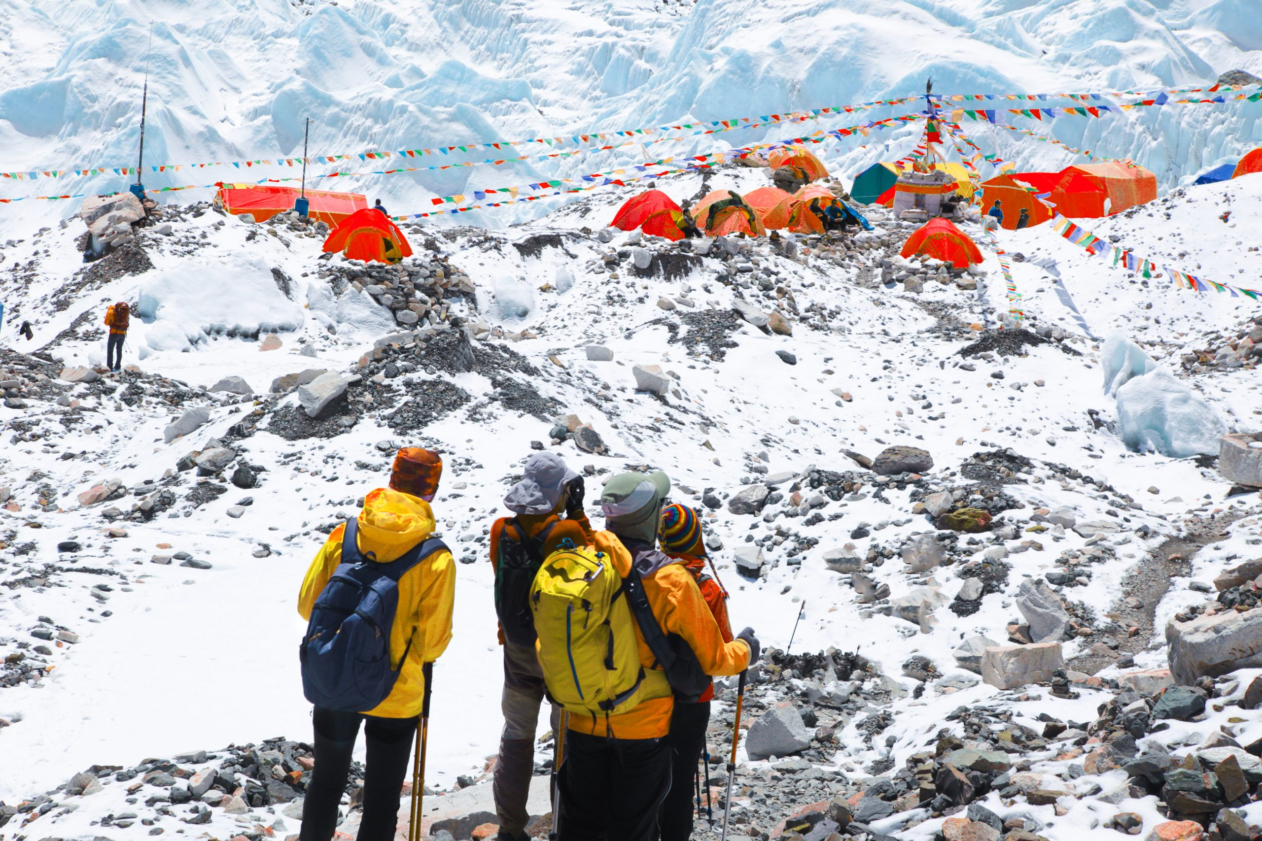 Vista del campo base sul Monte Everest Mount Everest - Foto: depositphotos