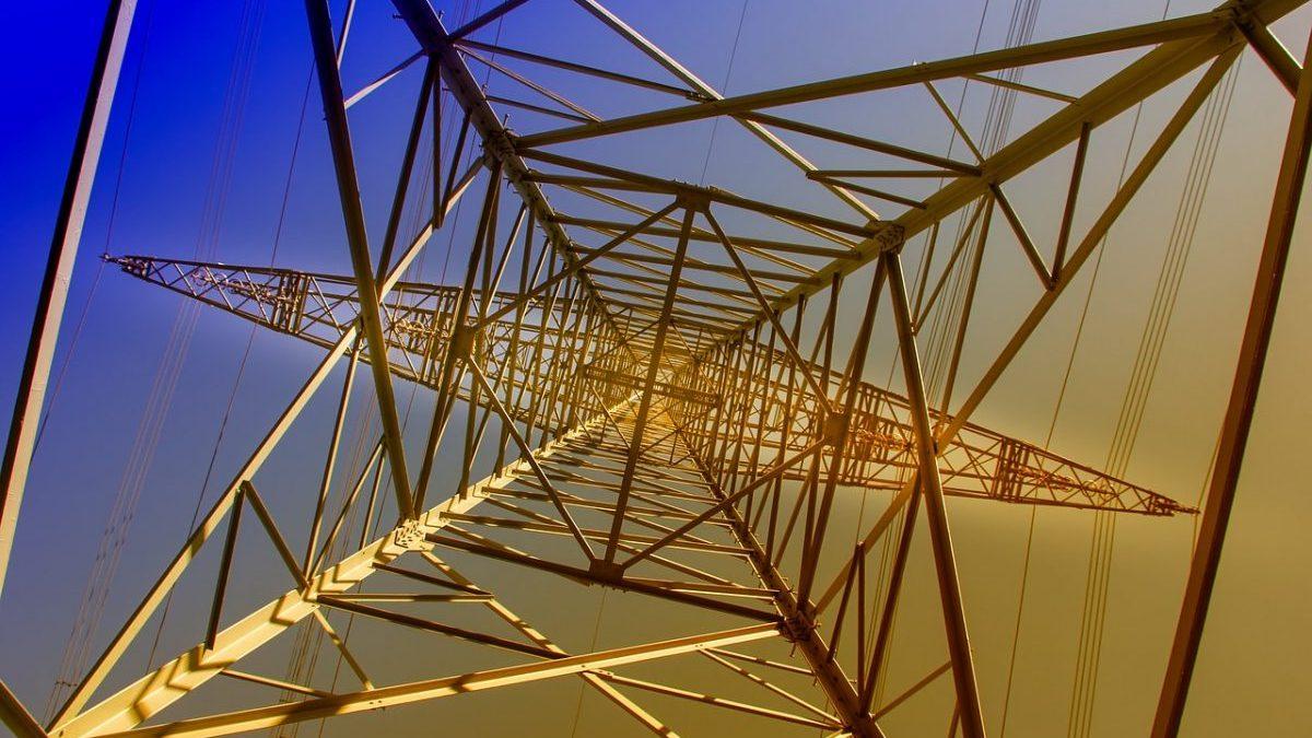 Picco delle fossili nella generazione elettrica: il ruolo dei mercati emergenti