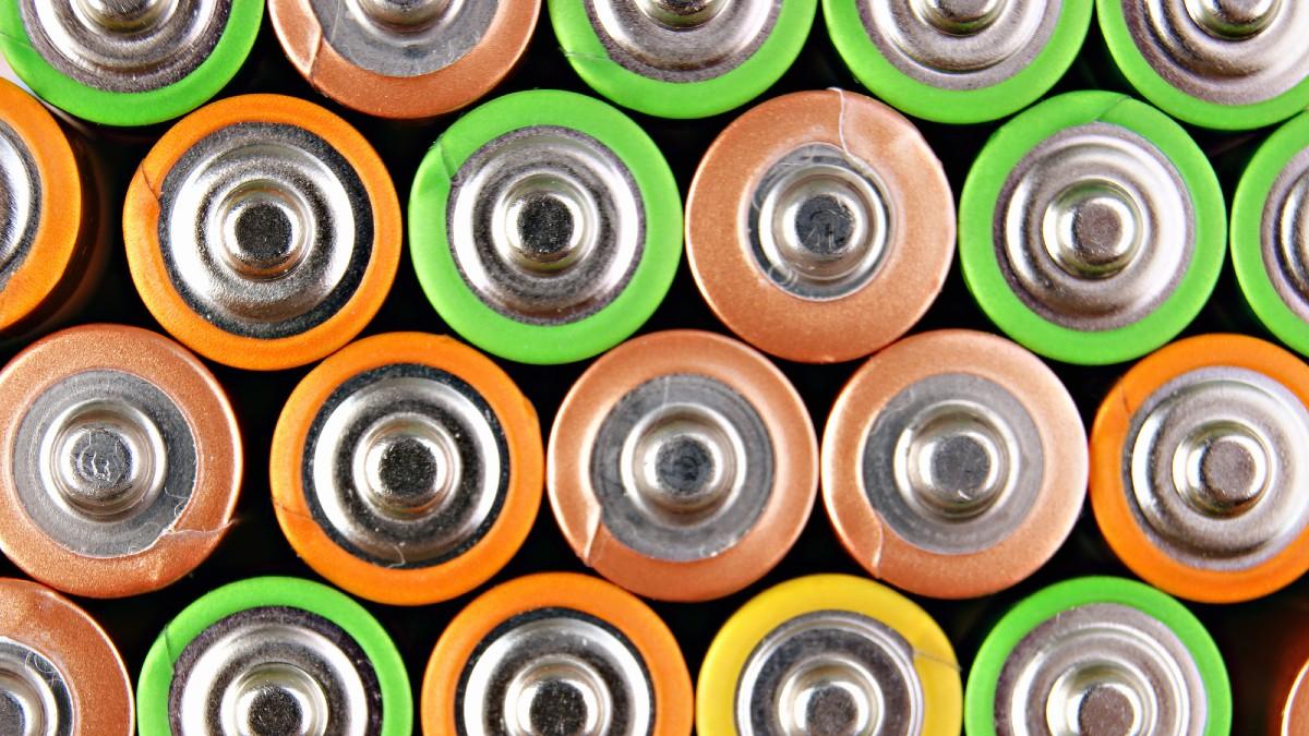 Fondo IPCEI: da settembre via a incentivi per batterie e microelettronica