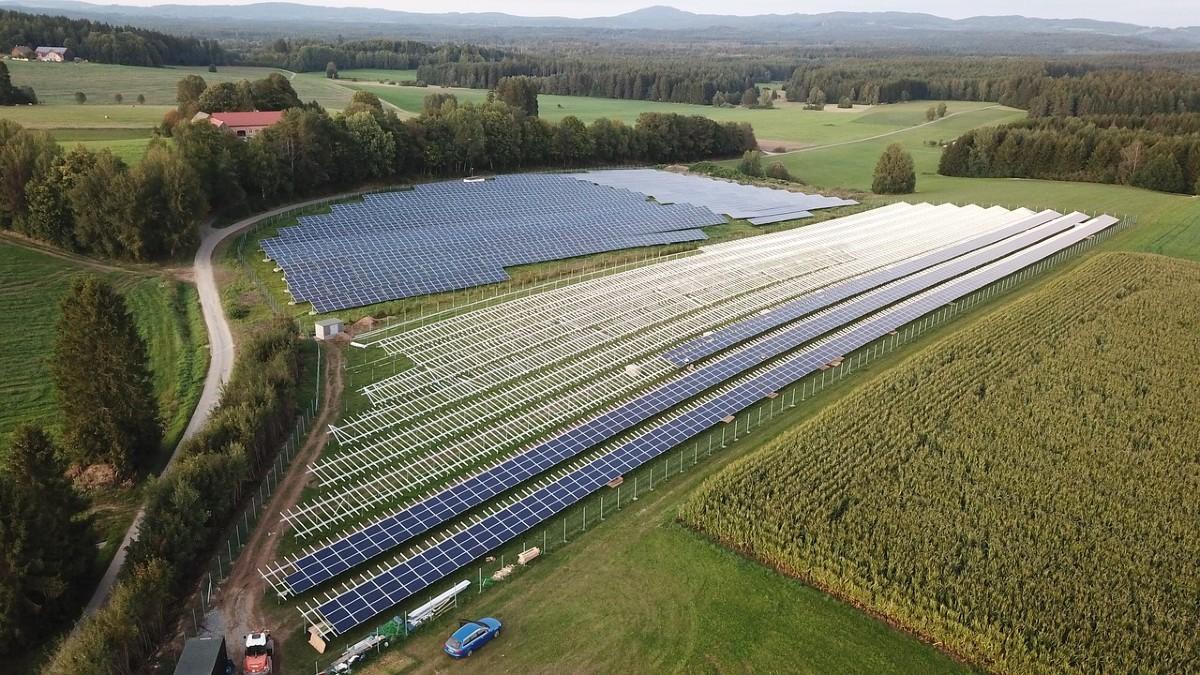 Solare: a giugno e luglio generato il 10% dell'elettricità UE