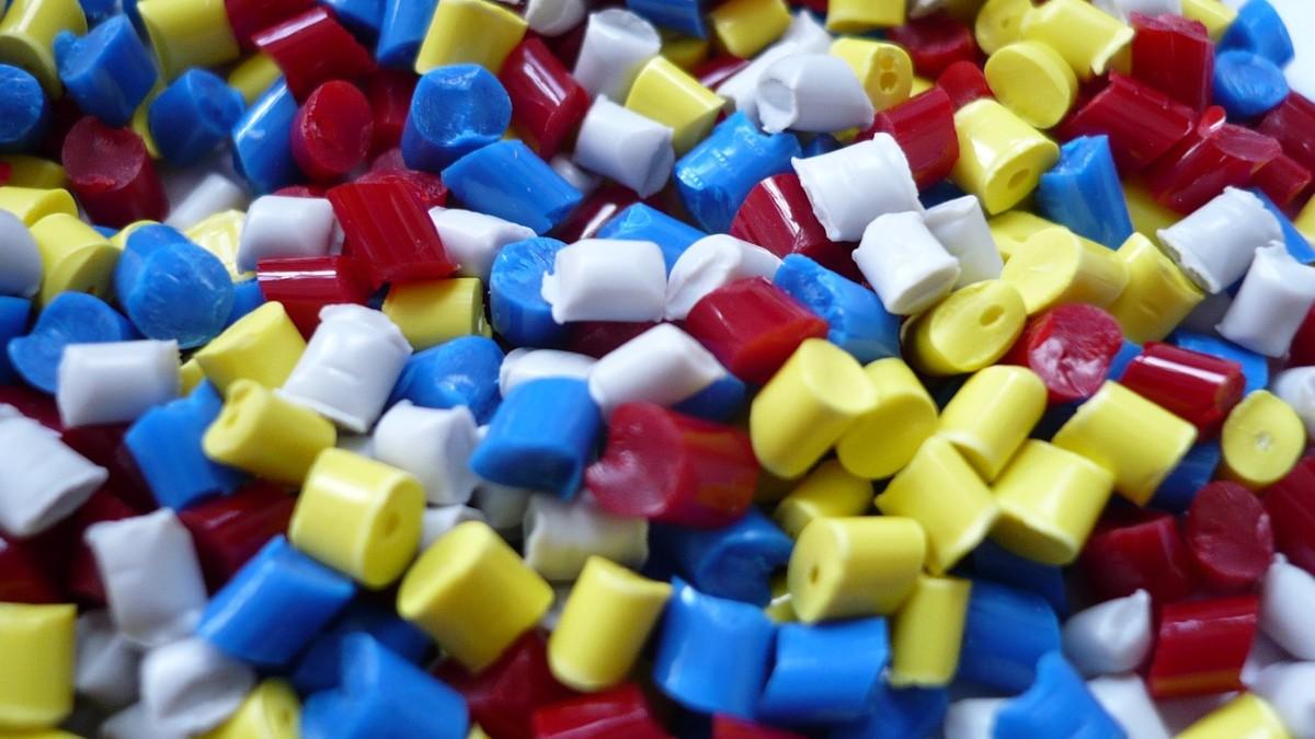 Stop all'inquinamento da plastica: verso un accordo globale