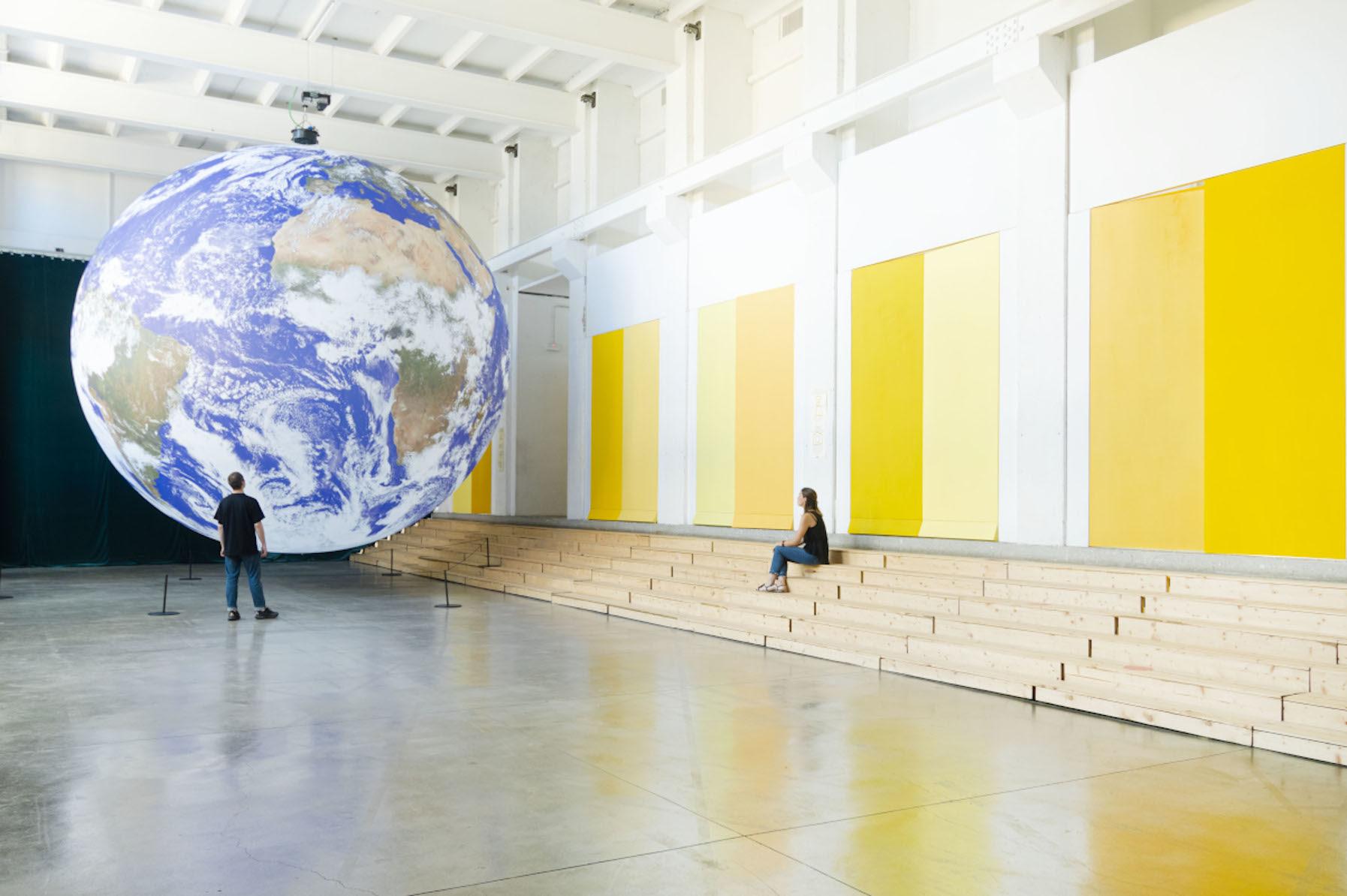 """Fuorisalone di Milano - Installazione """"Gaia"""" di Luke Jerram, BASE Milano"""